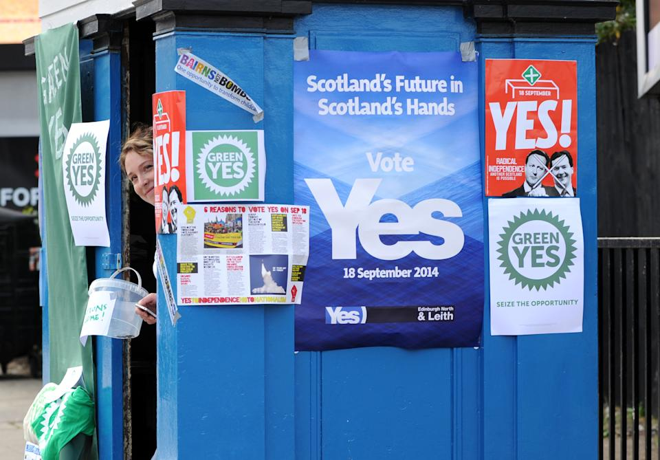Scent of victory energises Scottish independence campaign