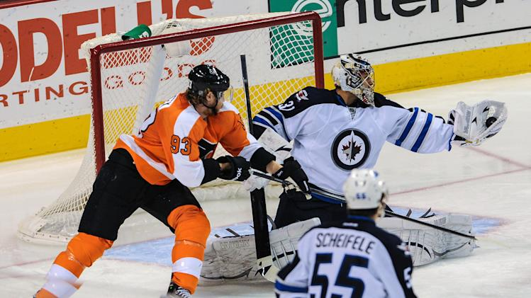 NHL: Winnipeg Jets at Philadelphia Flyers
