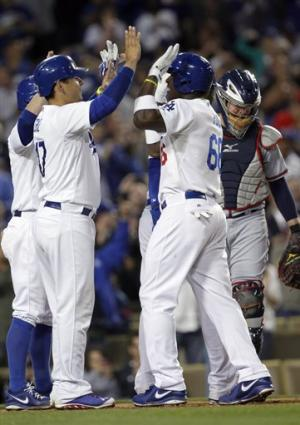 Dodgers beat Braves 5-0 on Puig's grand slam