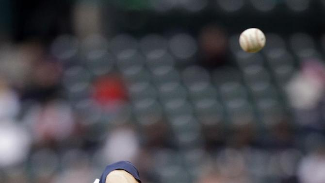 Young strong in Mariners' 3-1 win over Royals