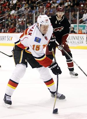 Ducks acquire RW Jackman from Calgary for pick