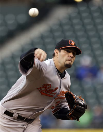 McLouth leads off with homer, Orioles top Mariners