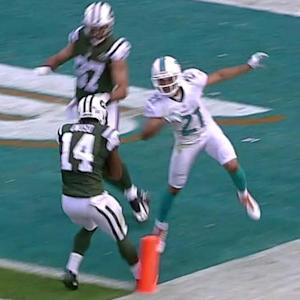 New York Jets wide receiver Chris Owusu takes end around for 23-yard TD