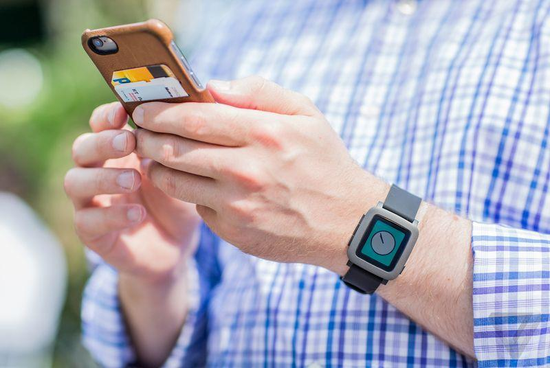 Pebble Time can now reply to text messages with an iPhone