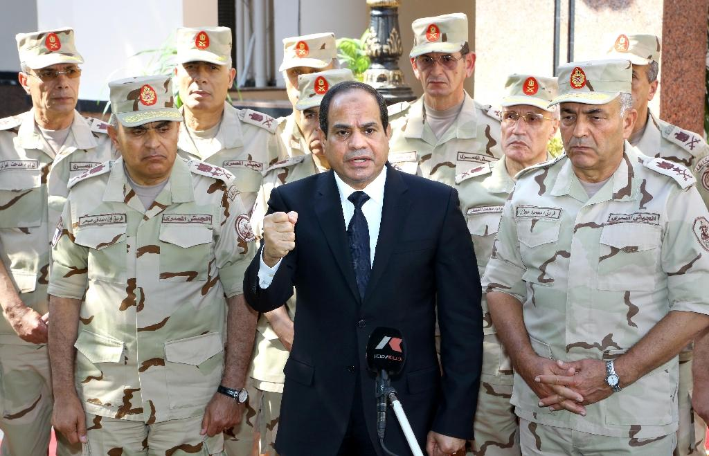Egypt's Sisi flies home from summit after Sinai attacks