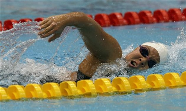 Celina Li is just 5-foot-3, but could become Missy Franklin's toughest collegiate foe and teammate — Associated Press