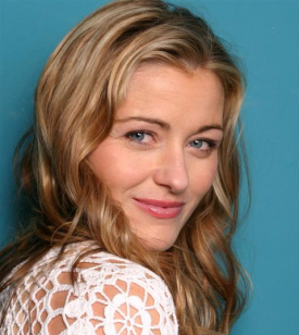 Louise Lombard Tapped For Queen Role In CW Pilot 'The Selection'