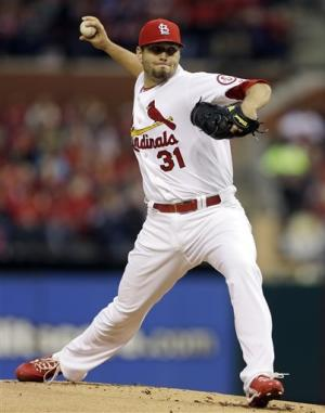 Lynn, Beltran lead Cards to 9-1 win over Pirates