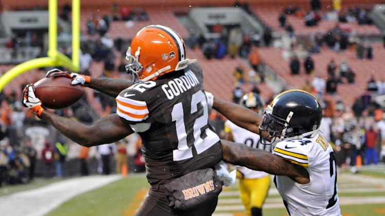 Browns looking for playoff pulse against Jaguars