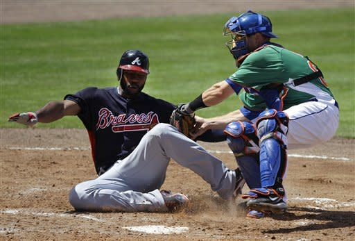 Ross' 2-run double leads Braves' over Mets 3-2