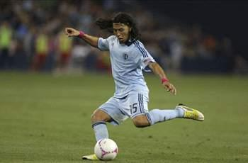 Roger Espinoza set to join Wigan after being granted work permit