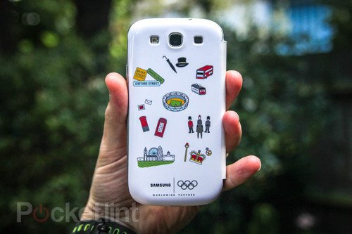 Samsung Galaxy S III Flip Cover - Olympic edition pictures and hands-on. Phones, Samsung, Samsung Galaxy S III 0