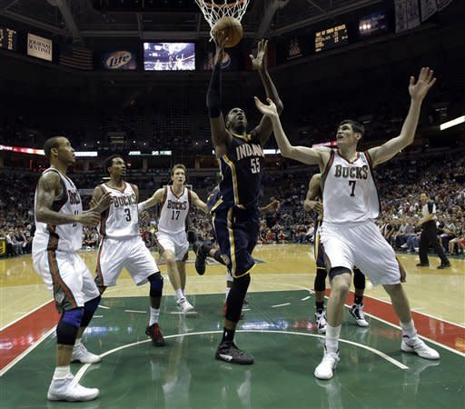 Hibbert leads Pacers past Bucks, 105-99