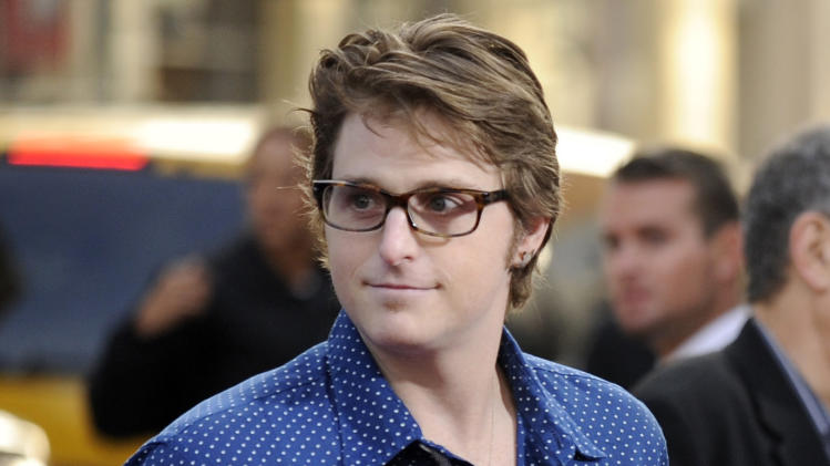 "FILE - This April 27, 2009 file photo shows Cameron, son of actor Michael Douglas, at the premiere of the film ""Ghosts of Girlfriends Past"" in Los Angeles. Cameron Douglas is calling for treatment rather than jail time for non-violent drug offenders. He wrote an essay published Tuesday, June 11, 2013, by the Huffington Post that says United States laws impose tougher penalties on addicts than violent criminals. The 34-year-old is serving a 9 ½-year prison sentence after various drug violations. Douglas was first convicted in 2010 of selling methamphetamine, and a judge nearly doubled that sentence after he was found guilty of repeatedly breaking prison rules by arranging to get drugs. (AP Photo/Chris Pizzello, file)"