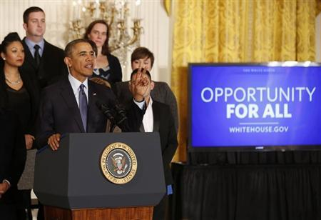 Obama's overtime pay push seen reshaping U.S. payrolls, courts