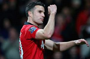 Moyes: Van Persie could face Everton