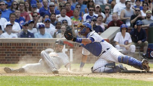 Rizzo's 1st HR of year lifts Cubs over Astros 3-2