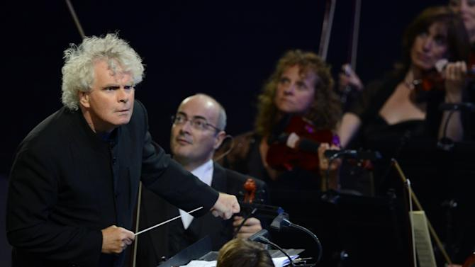 British conductor Simon Rattle, considered one of the greatest conductors in the world by critics, will take up the baton at the London Symphony Orchestra in 2017