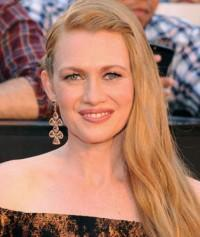 'The Killing's Mireille Enos Joins MGM's 'If I Stay'