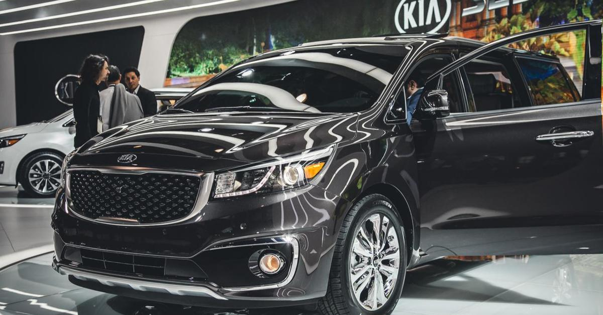 These Are Not Your Mother's Minivans! 2016 Top 3!