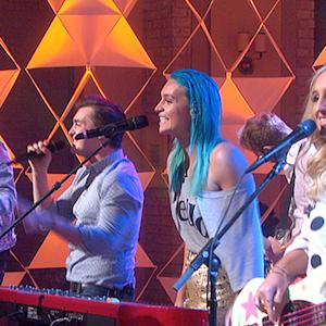 """The Talk - Sheppard Performs """"Geronimo"""""""