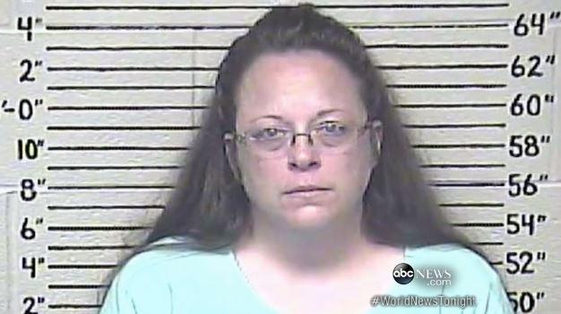 No, Kim Davis, You Can't Beg for Money on GoFundMe