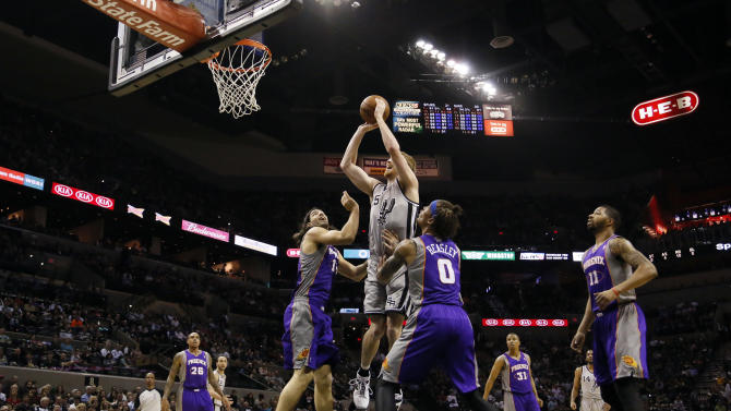 NBA: Phoenix Suns at San Antonio Spurs