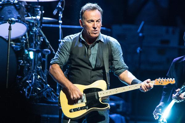 Bruce Springsteen Helped Breach Berlin Wall: Book