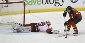 Panthers win 1st division title, top Carolina 4-1