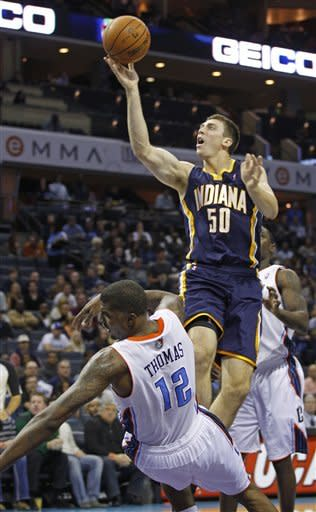 Bobcats snap 23-game slide, beat Pacers 90-89