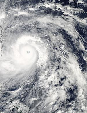 NASA Tracks Super Typhoon Haiyan From Space (Photos)