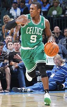 Rondo gives Celtics needed assist