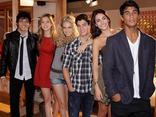 Chay Suede, Sophia Abra&#xe3;o, Lua Blanco, Arthur Aguiar, Mel Fronckowiak, Micael Borges - Foto: Divulga&#xe7;&#xe3;o