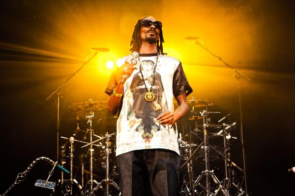 Snoop Dogg Rebrands as 'Snoopzilla' for Album With Dam-Funk