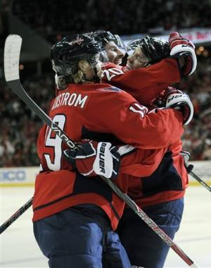 Brouwer scores 2 as Capitals blank Panthers 5-0