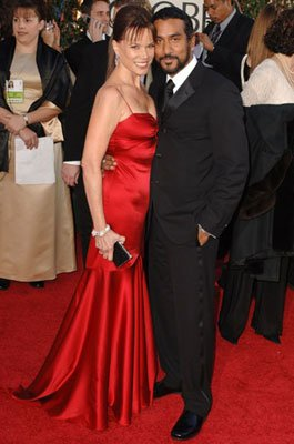 Barbara Hershey and Naveen Andrews 63rd Annual Golden Globe Awards - Arrivals Beverly Hills, CA - 1/16/05