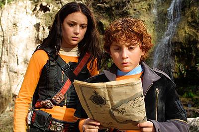 Alexa Vega and Daryl Sabara in Dimension's Spy Kids 2: The Island of Lost Dreams