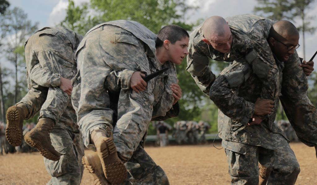 Army says Ranger School will stay open to women