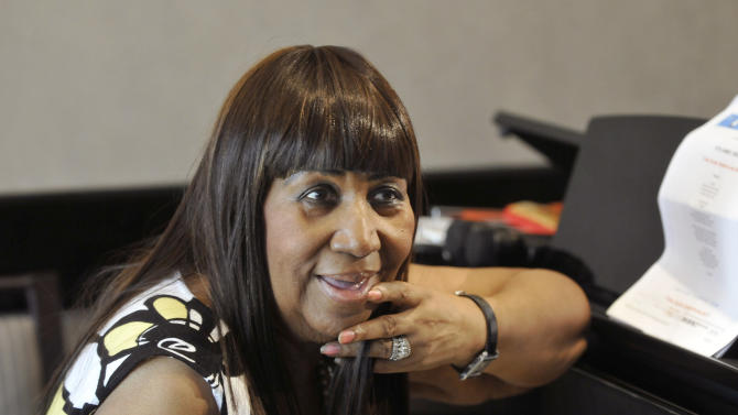 Aretha Franklin announced the pre-production of her new album as she played a few songs for the media at the Southfield Westin Hotel, Wednesday, Oct. 16, 2013, in Southfield, Mich. (AP Photo/Detroit News, Max Ortiz