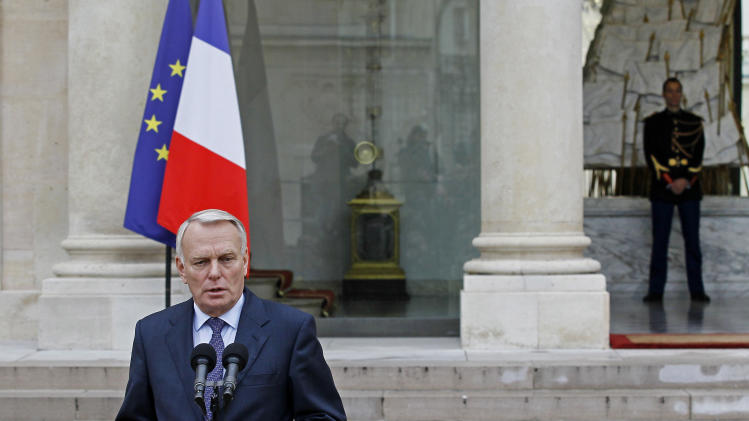 France to set up state-backed investment bank