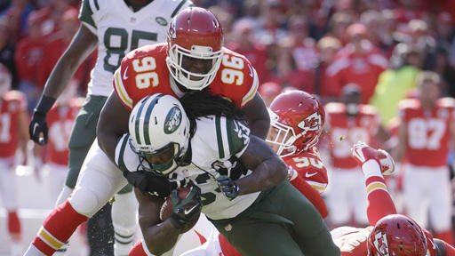 Alex Smith leads Chiefs past Mike Vick, Jets 24-10