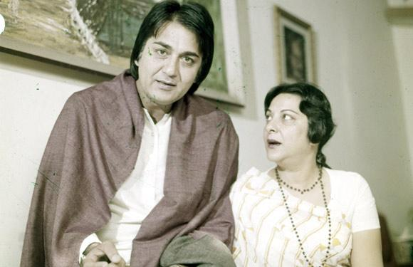Sunil Dutt and Nargis | Veethi