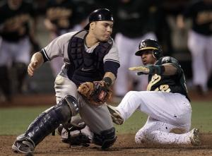 Moss helps Athletics beat Yankees 3-2