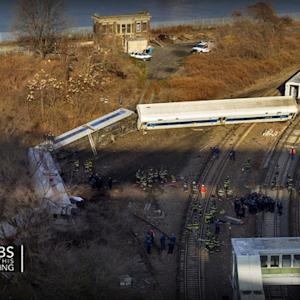 Commuter train derailment in New York City kills four, injures dozens