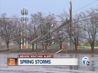 Power lines down in Livonia