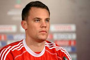 Neuer shrugs off Augsburg defeat: Manchester United all that matters