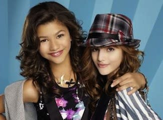 Disney Channel's Shake It Up! Is Shutting Down