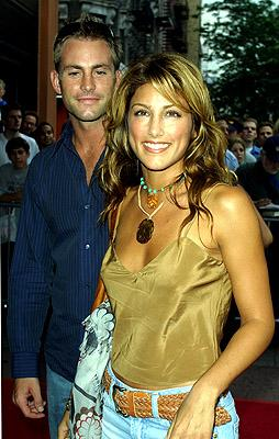 Premiere: Jennifer Esposito with hockey star Chris Tschupp at the New York premiere of Artisan's Made - 7/10/2001