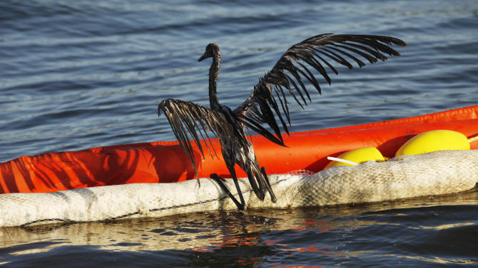 Defense lawyers say BP rig workers are scapegoats
