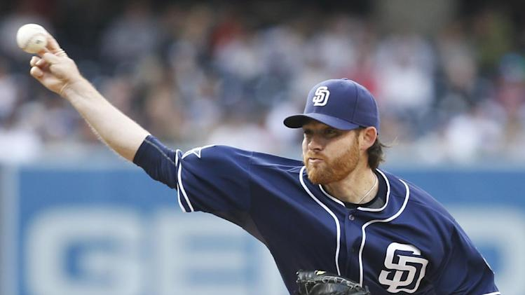 Verlander gets first 2 hits, Tigers top Padres 6-2